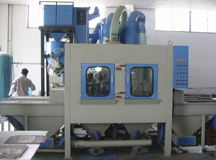 Environment protection suction automatic sandblasting cabinet