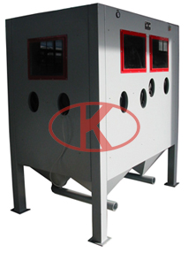 Triple-station manual vortex separation pressure sandblasting cabinet